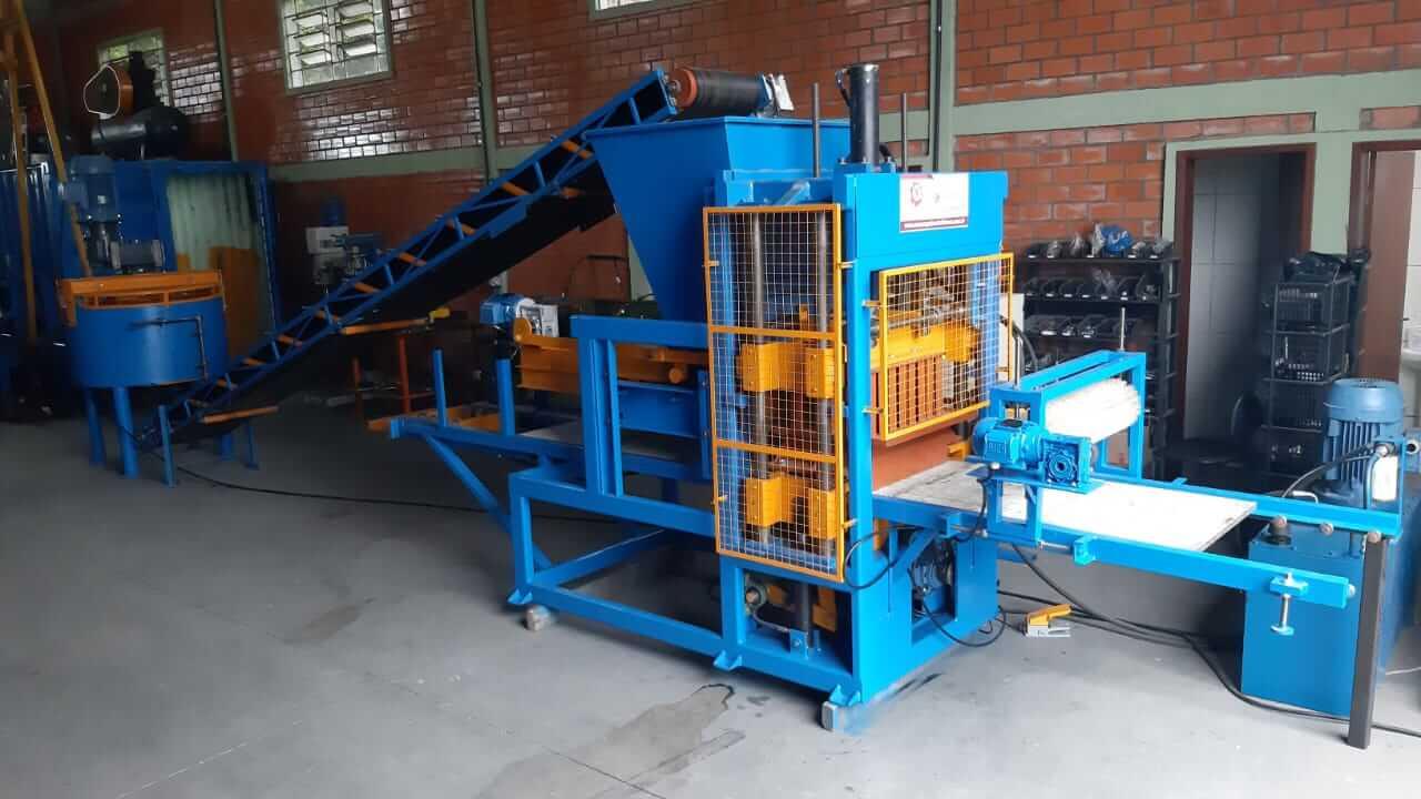 Máquina de Blocos Pneumática BL-4000S Hidráulica